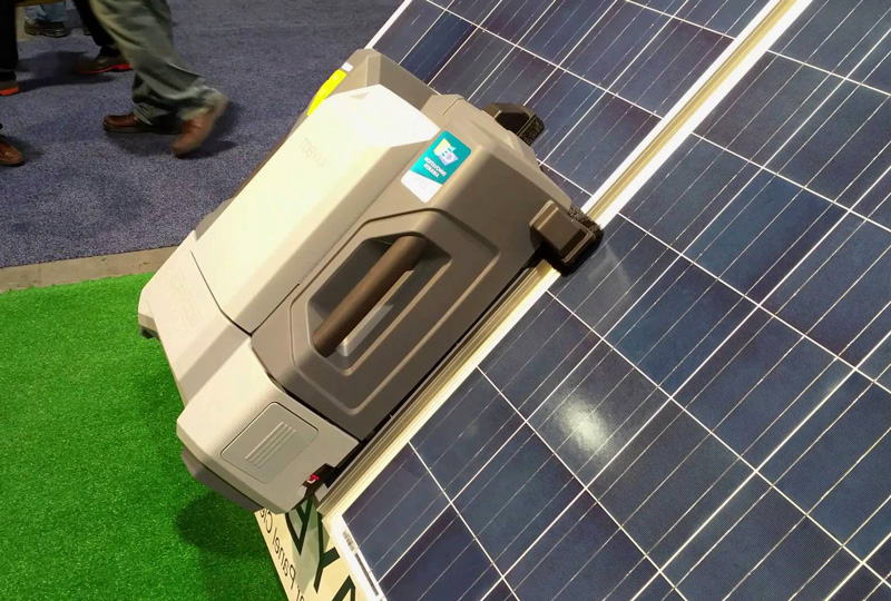 solar-panel-cleaning-robot