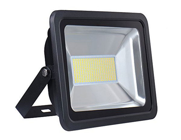outdoor-flood-lights