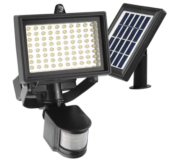 Robust-Solar-80-LED-solar-flood-light