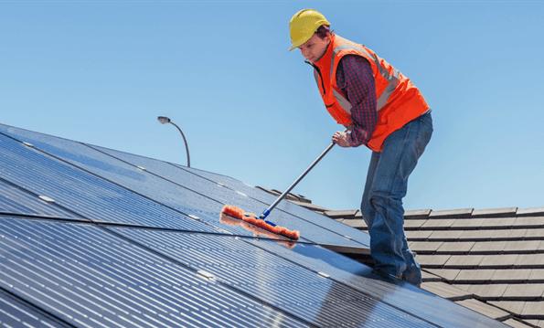 solar panel maintence
